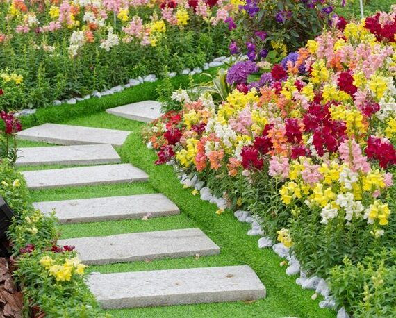 Creative Pathway Ideas for Gardens
